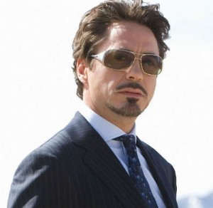 Robert-Downey-Jr-wearing-sunglasses