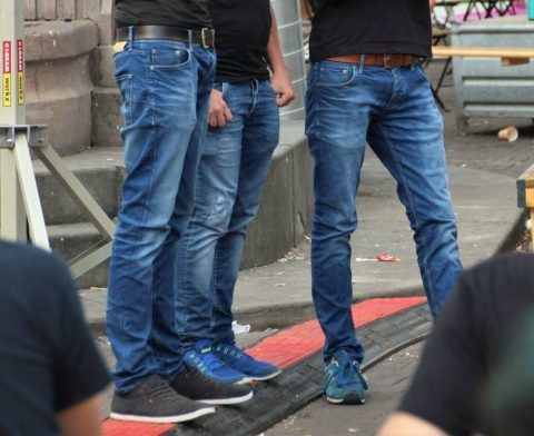 jeans and tshirt non-matching belt & shoes