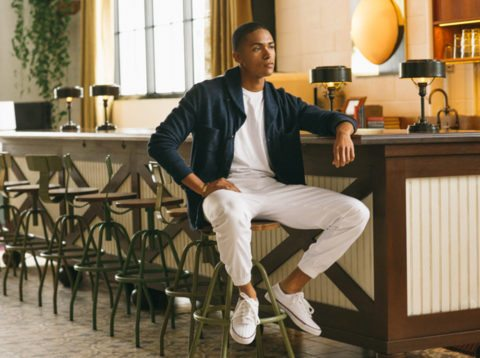 These K Swiss all white sneakers for men are a classic!