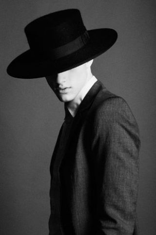 best mens hat styles if you have a thin face / narrow head